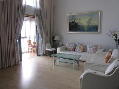 女海归上海租房记:不是在找房就是在找房路上