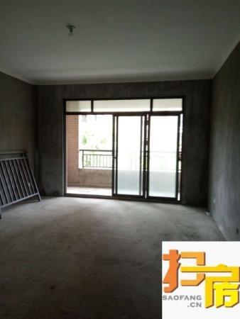 新月半岛毛坯大三房满两年比售楼部便宜300块一平