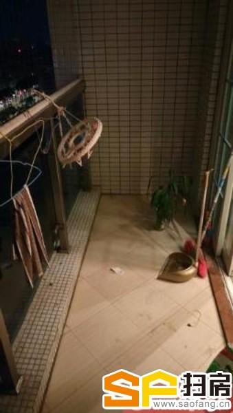 亚太银座 精装二房 现租:1700元 家私家电齐全 干净整洁