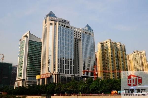 珠江新城 交通便利 华普广场140方家具齐全,伶包入驻即可办公