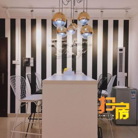 东西 3房 3232m² 翠华街小区 天河区 100.00万元 带学位业主诚心出售!