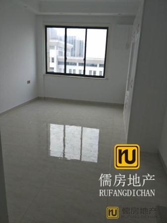 精装 37万元 衢州 南北 1房 42m² 港汇广场 ,多条公交经过!