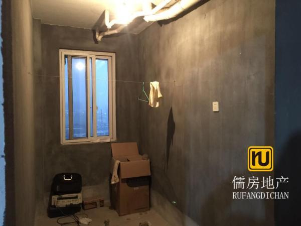 楼层好,视野广,学位房出售,125万元 新柏居 3房 130m² 南北 衢州 毛坯