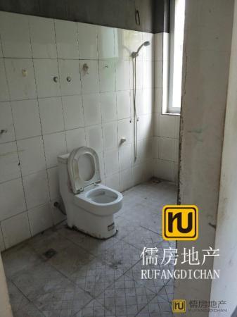 毛坯 南北 3房 兴华西苑 106m² 165万元 衢州 ,多条公交经过!