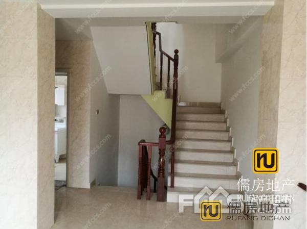 285万元 朱帝花园 280m²  精装 ,大型社区,居家首选!
