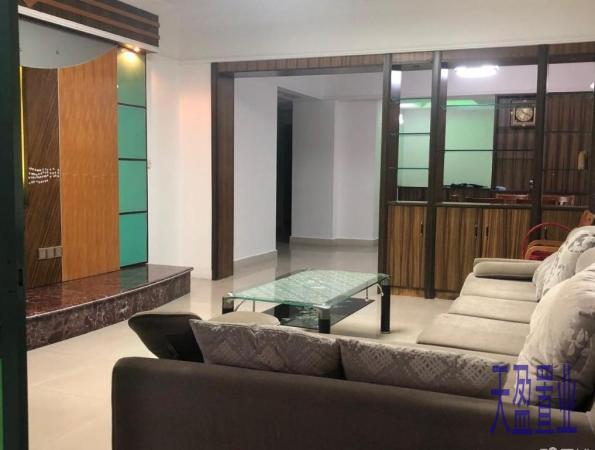 业主狂甩超低价,3房 富丽豪庭 茂名 中装 93.8万元 138m² 正南