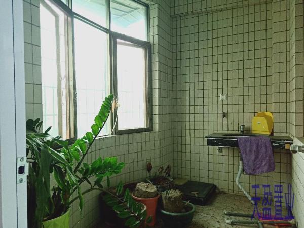 安居推荐!93.8万元 4房 茂名 正东 精装 157m² 新时代花园 让你惊喜不断!
