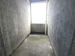 毛坯 4房 146.85m² 乾城美景 116.00万元 周边配套完善