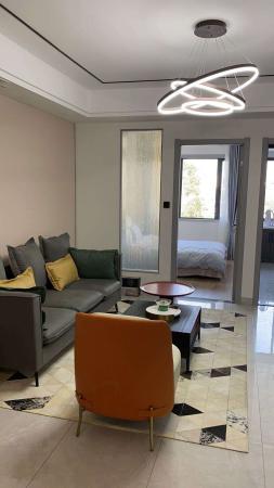 沈家学区房,全新高端装修,3室2厅2卫