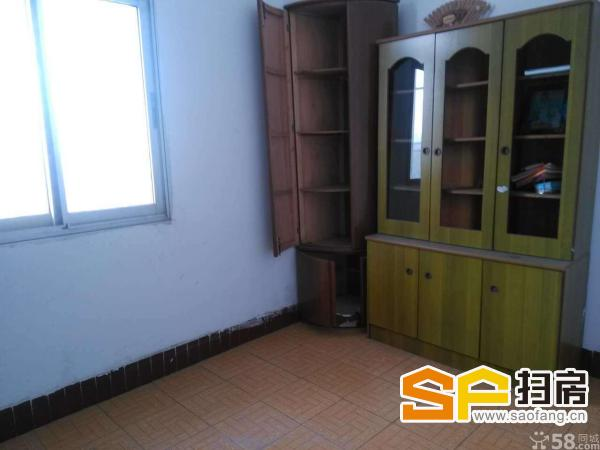 北郊电力小区 3室2厅 120平米 简单装修 面议
