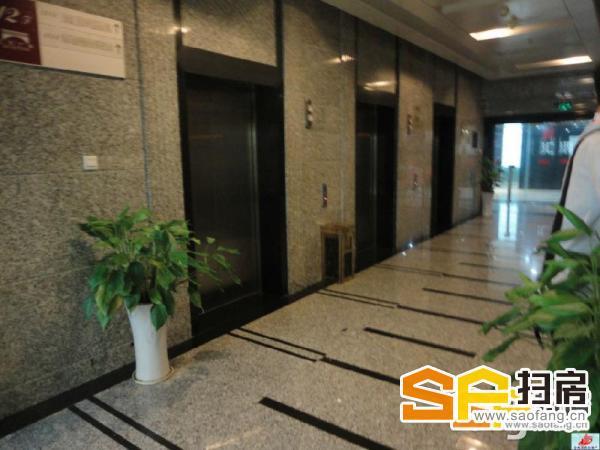 珠江路地铁站 汇杰广场 精装开间正对电梯口