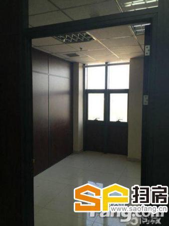 万达广场写字楼共计133平米精装修8000元/每月-整租-整租