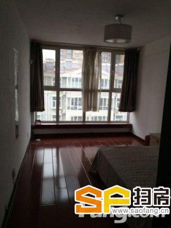 神奇庭院通透两室 带阁楼 可做三室 租金可议-整租