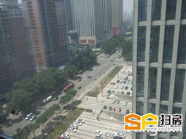中山路谈固公交枢纽嘉和广场300平精装大通间1.8出租
