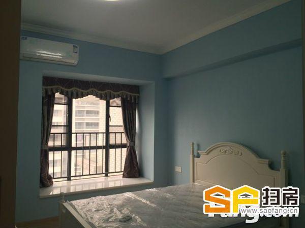 地铁上盖 万达旁 海景城豪装三房 家私家电全齐-整租