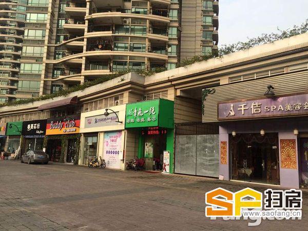 超宽8米门面,层高6米,门口大量停车位,带租金出售