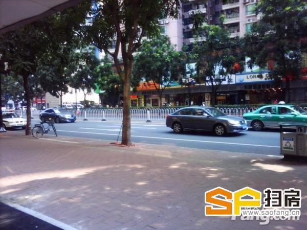 滨江东街铺,一线马路面,大型豪宅小区楼下,85方,少有放盘