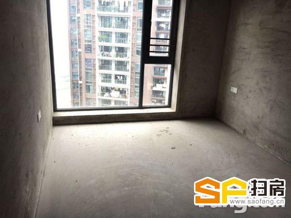 京基城一期全新毛坯3房2厅95平方业主急售69.8W