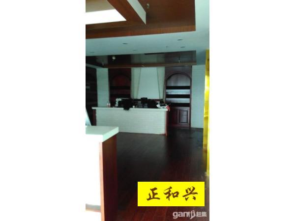 五象广场,地王国际,精装修,地铁口,电梯口,285平仅租90