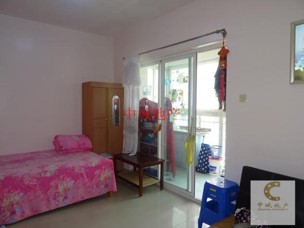 盐田  和亨中心广场  单身公寓  带家私电器出租  看房方便
