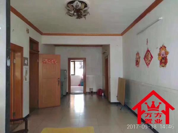 52.8万元 南北 3房 简装 白石路 93m² 台山 ,难找的好房子,还送车房 扫房网