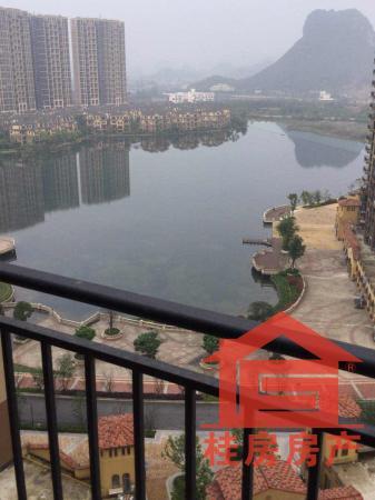 好房推荐!麓湖国际·公寓 50m² 湖景公寓可居住可办公做会所