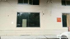 急租简装 城市片区 400m² 1房 南北 0 0元/月 商铺 ,家具家电齐全