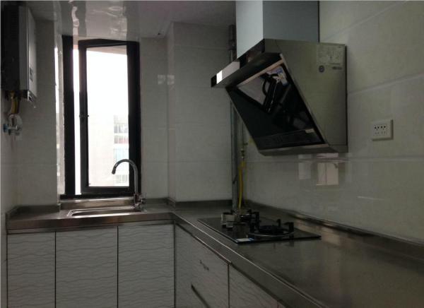 干净整洁,随时入住,樊城区 南北 君典*乐福天下 精装 105m² 3房