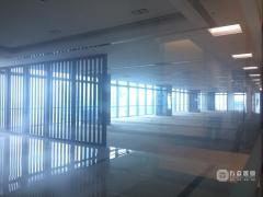 真实  华贸中心 大型 550m² 写字楼租即可办公 诚心出租!