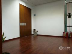 惠城 华贸中心 130m² 平高端写字楼