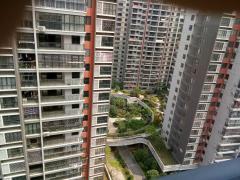 金水湾及第苑大阳台,小区有泳池