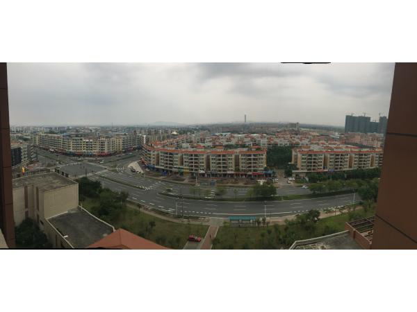 榄核长江数码花园正中心位置,沿街商铺,好难找,看中下手,好地段好投资理财。
